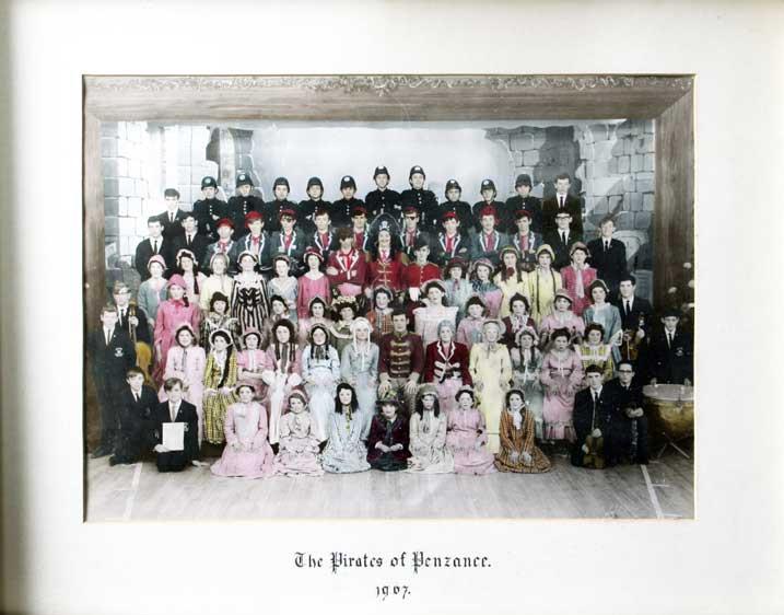 1967-THE-PIRATES-OF-PENZANC