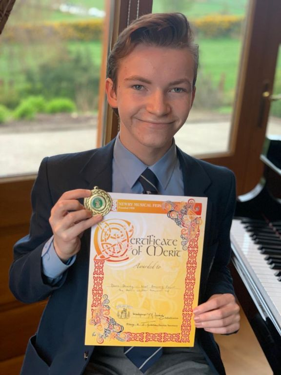 Dáire Downey awarded as Most Promising Organist