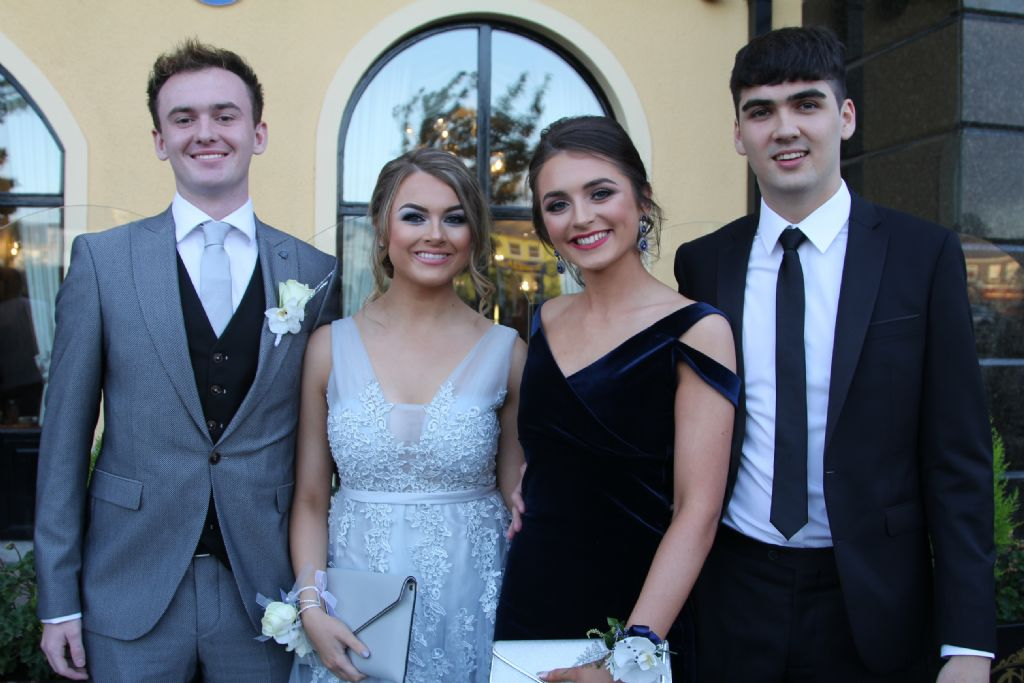 College pupils and their guests dance the night away at Annual Formal